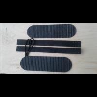 """Комплект креплений для лыж """"Охотничий"""" (кожа носочный ремень   накладка резиновая 100 мм на платформу) КОХ                         003/1"""